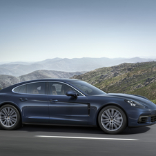 The initial range of the new generation will feature three all-wheel-drive versions with new V6 and V8 Porsche engines