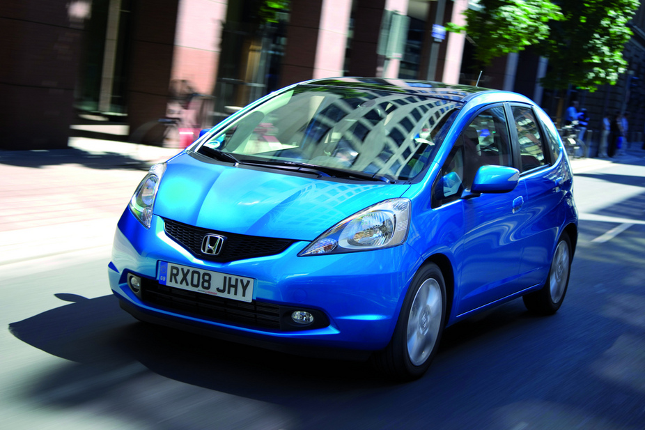 honda jazz 1 2 i vtec elegance top 3 photos and 53 specs. Black Bedroom Furniture Sets. Home Design Ideas