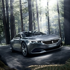 The Peugeot Exalt is fed through a mechanical HYbrid4 plug-in system with a total output of 340hp, distributed to all four wheels