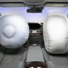 In 1987 Mercedes introduced the passenger airbag