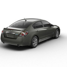 2011 Altima Hybrid – An AT-PZEV That's Not Short on F-U-N