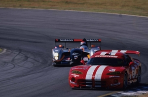 Car Videos to Brighten Your Weekend: The Porsche and Viper