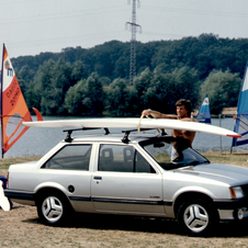 A Corsa notchback sedan was added to A family in 1985.