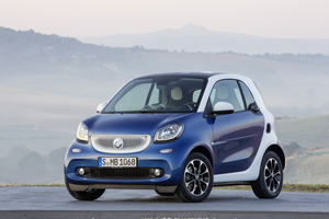 The new fortwo maintains the same basic layout of its predecessor, with a compact body two doors and space for two passengers