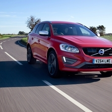 Volvo XC60 D5 AWD R-Design Momentum Geartronic