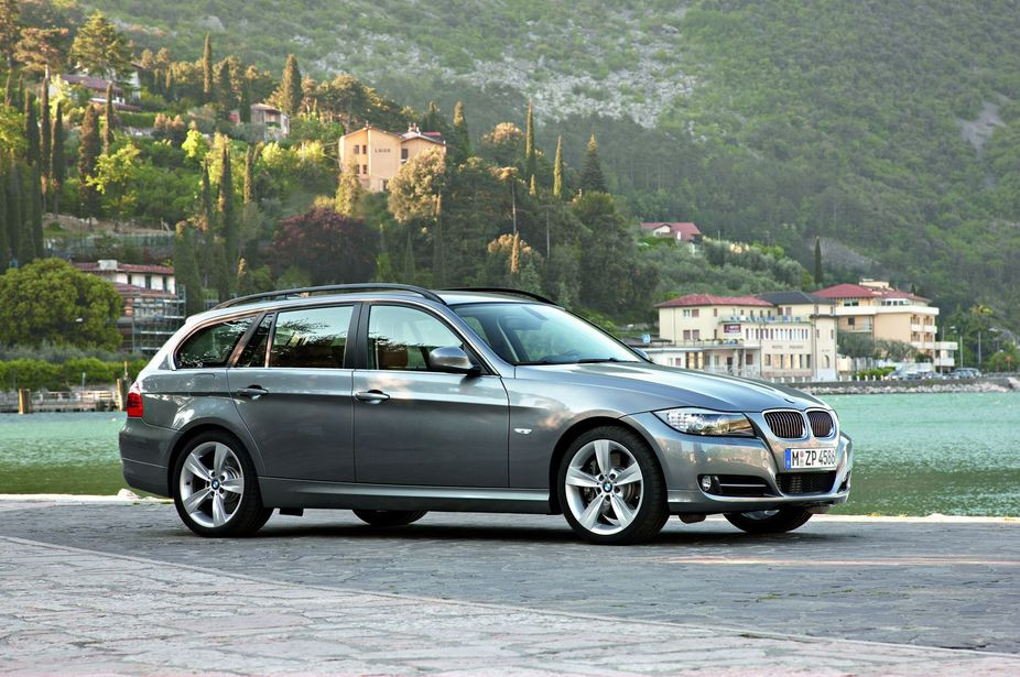 Bmw 320d Touring Automatic Lifestyle Lci 1 Photo And 61