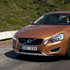 Volvo S60 D2 Summum Powershift