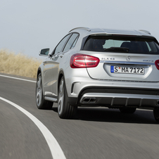Mercedes-Benz GLA 45 AMG 4MATIC 7G-DCT