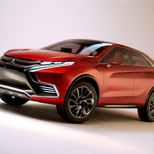 In terms of design the concept receives the traditional language of the Mitsubishi SUVs, including the central grille