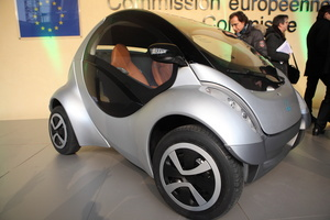 Hiriko Electric Vehicle Coming to European Cities Next Year