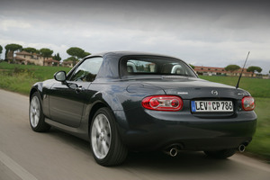 Mazda MX-5 2.0 Roadster Coupé
