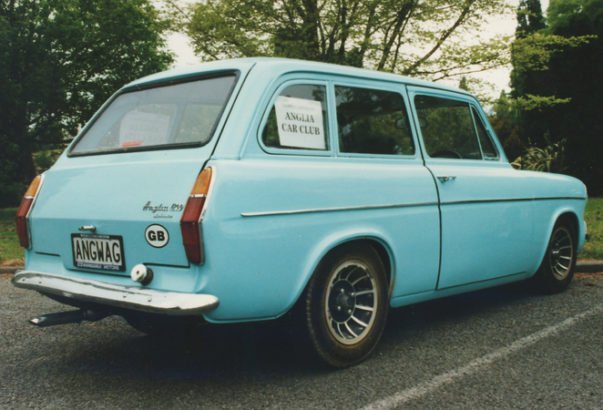 1962 Ford Anglia Estate