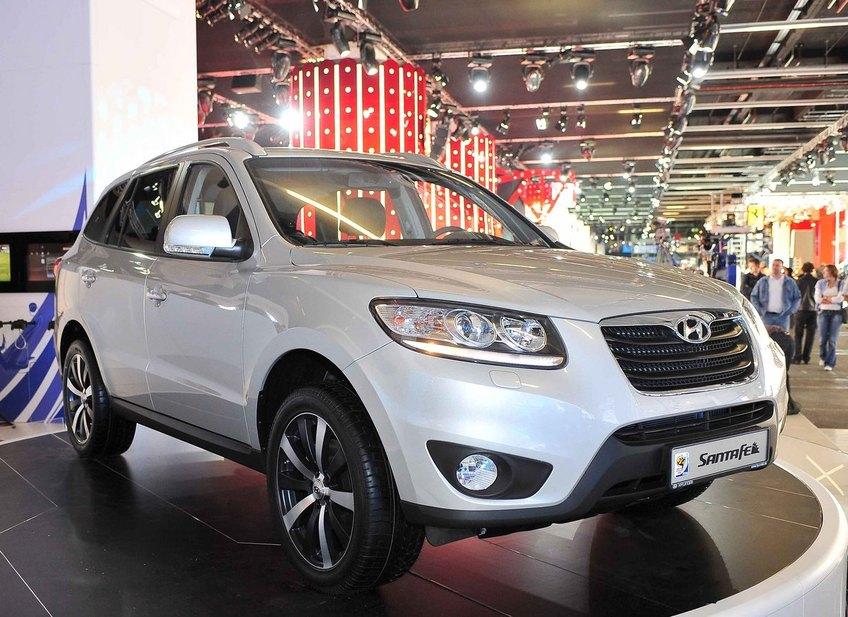 Hyundai Santa Fe 3 5 Gls Awd 1 Photo And 41 Specs Autoviva Com