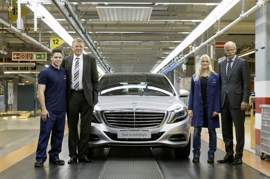 New s class production begins in sindelfingen germany for Mercedes benz usa factory