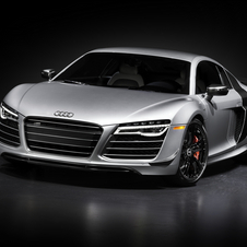The R8 competition can reach 100km/h in about 3.2 seconds and a top speed of 320km/h