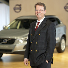 Peter Mertens will stay as the head of research and development at Volvo