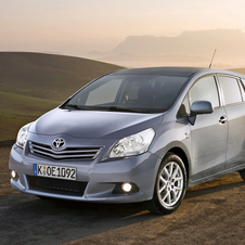 Toyota Verso 2.2 D-CAT 180 Luxury
