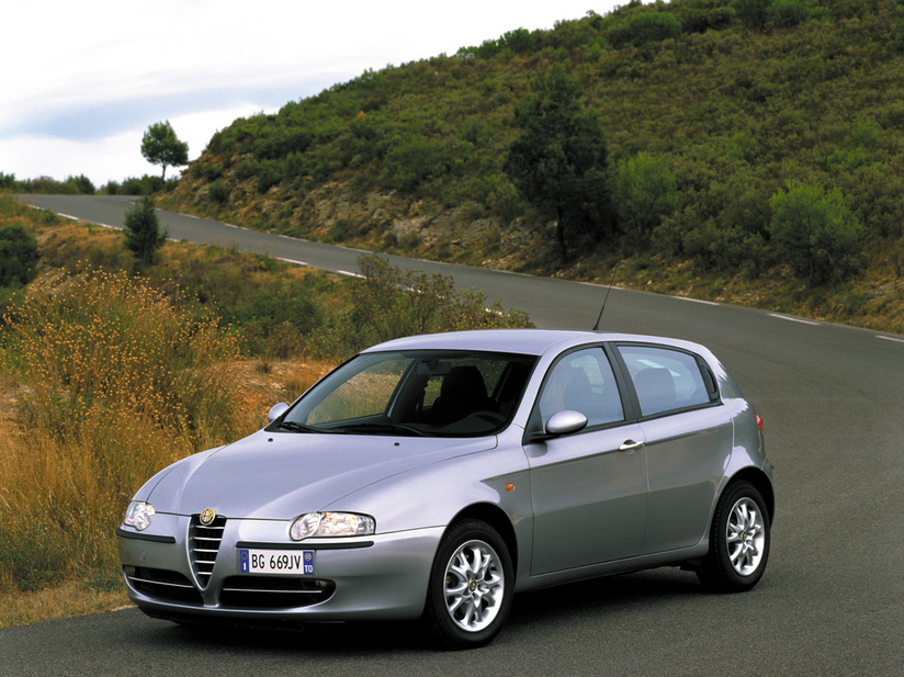 Alfa Romeo 147 1.6 Twin Spark Connect :: 1 photo and 70 specs ...