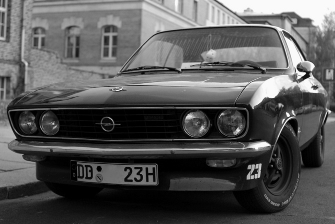 Opel Manta All 2 Series And 15 Cars With 12 Photos