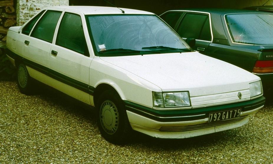 Renault 21 TXi :: 2 photos and 35 specs :: autoviva.com