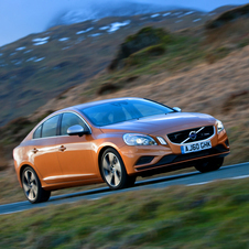Volvo S60 2.4 D5 R-Design AT