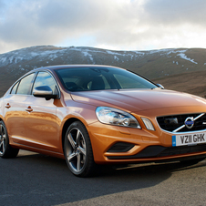 Volvo S60 2.4 D5 R-Design Premium AT