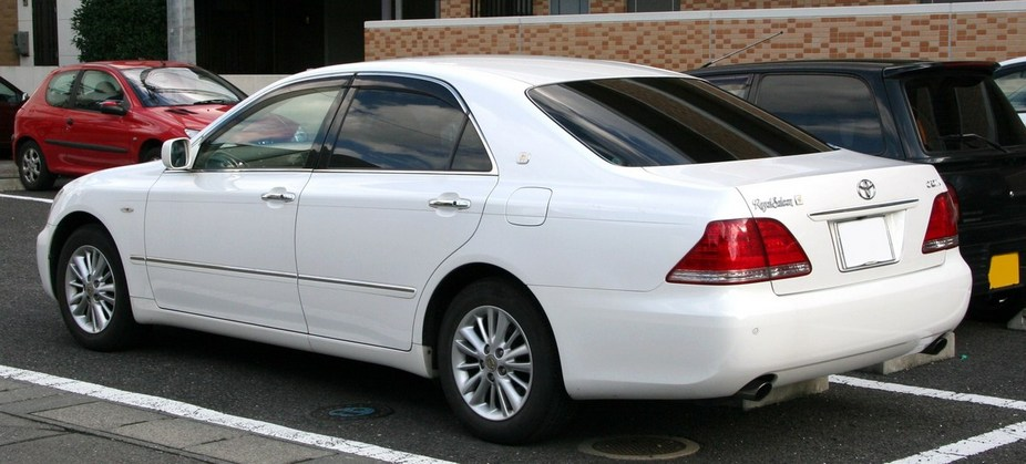 Toyota Crown Royal 3.0