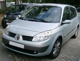 Renault Scenic II 1.9 dCi Automatic