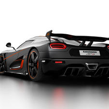The Agera RS is powered by a 5.0-litre twin-turbocharged V8 engine with an output of 1160hp and 1280Nm of torque