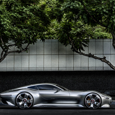 The Mercedes-Benz AMG Vision Gran Turismo combines a classic lines with the look of the future