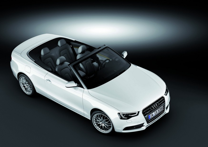Audi A5 Cabriolet 2.0 TDI multitronic :: 1 photo :: autoviva.com