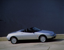 Alfa Romeo Spider 2.0 V6 Turbo