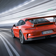 Building the new 911 GT3 RS, Porsche introduced innovations to reduce vehicle weight