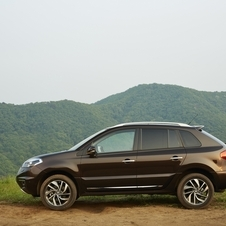 The Koleos looks like a fairly standard compact crossover