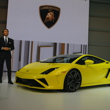 The updated Gallardo LP 560-4 premiers in Paris