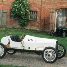The car won the Paris Grand Prix that year