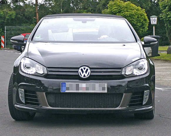 The Golf R touches include the lower front air dam