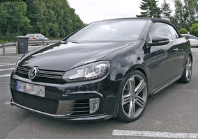 Power is the same 271ps engine as the Golf R