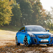 The car costs £3,760 less than the previous VXR