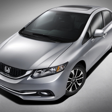 The refreshed Civic bears a resemblance to the Acura ILX