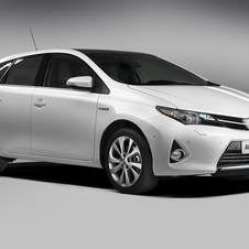 Toyota expects the Auris Hybrid to take the largest portion of sales in the Auris range