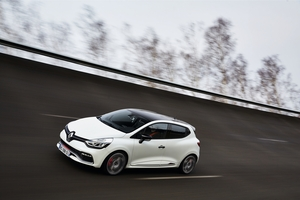 The Clio R.S 220 Trophy is a faster, more powerful, better-handling version