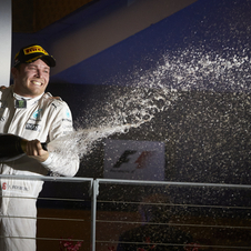 The German won his 200th F1 race by just 0.4 seconds