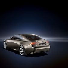 It uses a 2.5l engine with a hybrid to produce less than 100g/km of CO2