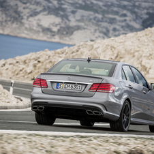 It is also the first time that a 4Matic version will be offered