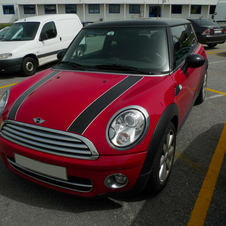 Cooper D in red with black stripes
