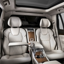 Volvo has substituted the seven seats of the standard XC90 by two large individual rear seats