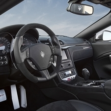 O interior do Maserati Grancabrio MC