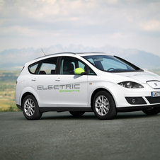 Seat Goes Electric: Produces Prototypes of Electric Altea and Hybrid Leon