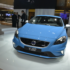*Updated* Volvo V40 Gets R-Design Trim with Stiffer Suspension and Better Trim